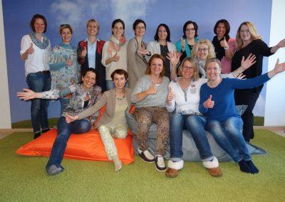 Abschlussbild-Team-NLP-Practitioner-fuer-Frauen-03-2017